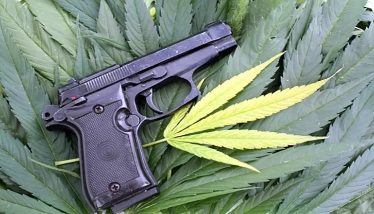 Audio: Federal law to block Missouri medical marijuana users from owning a gun